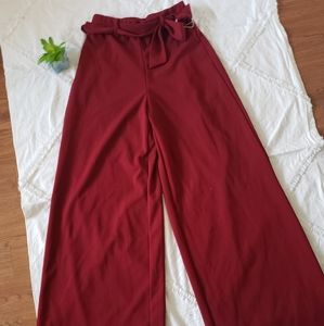 Forever 21 red wide leg pants. Size Small